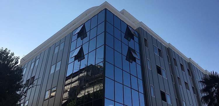 Κτίριο Λάρισας aegean college